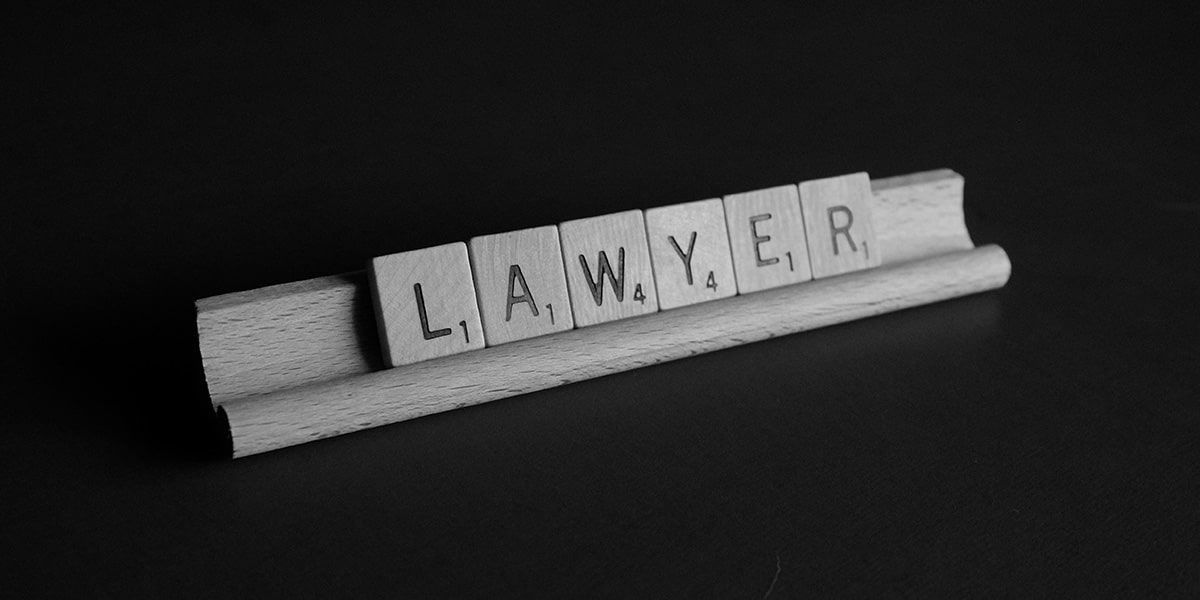 Does a lawyer need to have a website